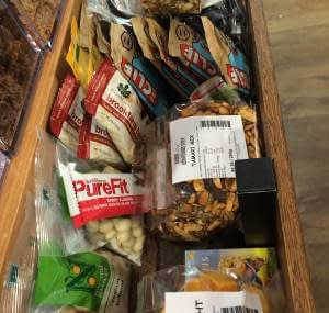 Munch on muesli bars or trail mix for morning tea
